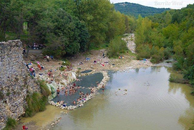 Terme libere del petriolo piscine termali libere in toscana - Bagni di petriolo ...